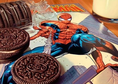 DB204R20 - Spiderman and Oreos