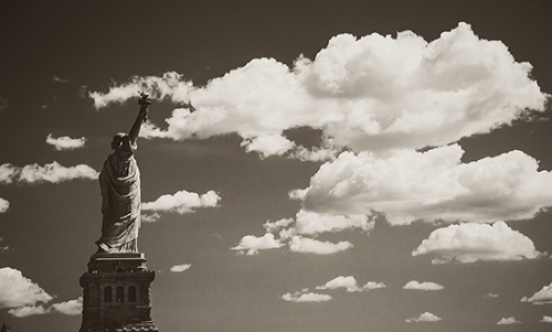 WAJB102R200 Liberty in the Clouds