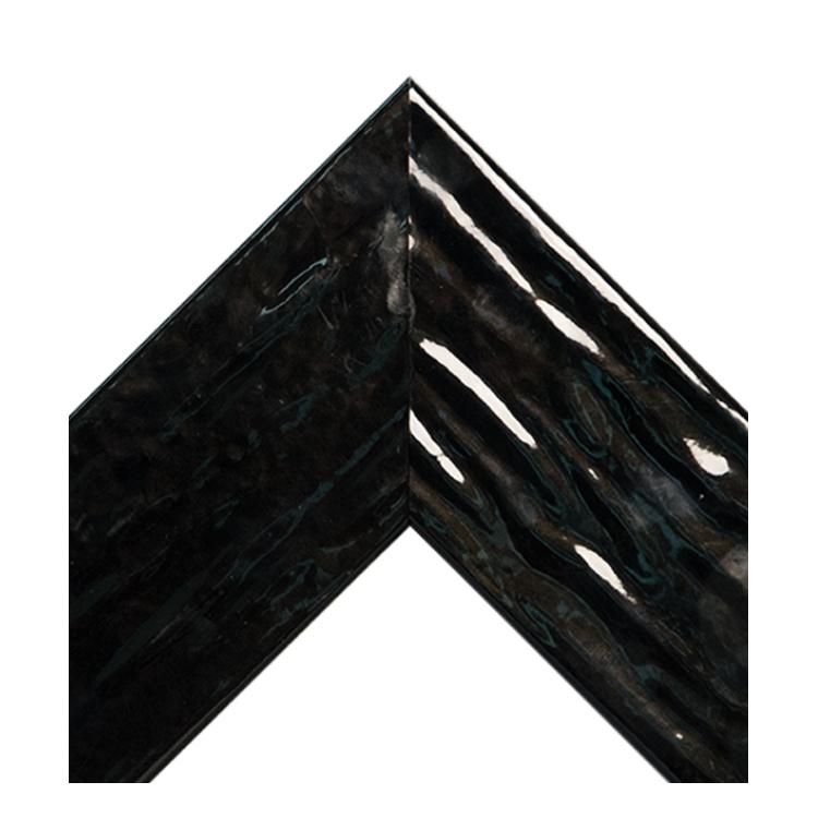 Glossy Black Ripple